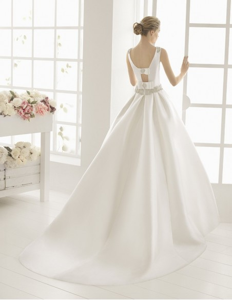 Wedding dress Metafora