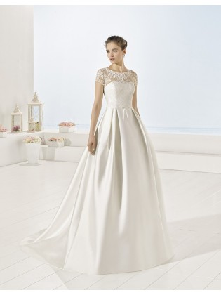 Wedding dress Yurta by Luna novias