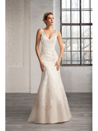 Wedding dress 7751
