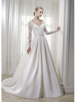 Wedding dress 17219