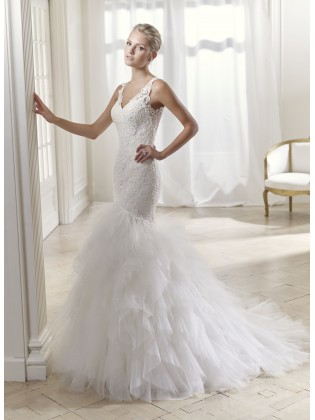 Vestido de novia 17241 de the sposa group