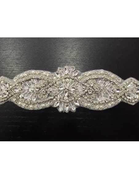 Cinturón color plata con broche para vestido de novia.