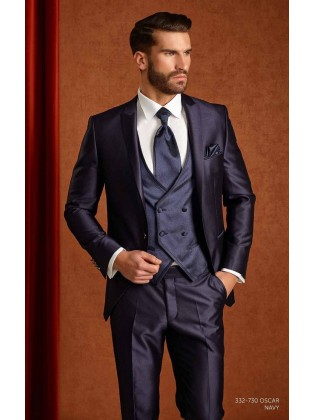 Groom suits Oscar navy