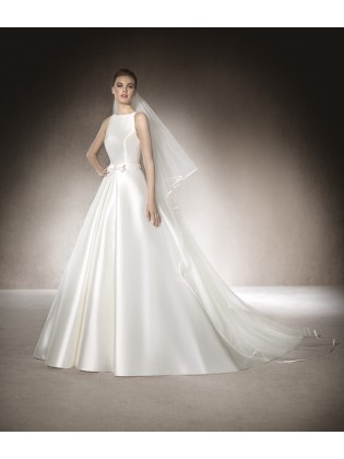 Wedding dress Madelaine by San Patrick