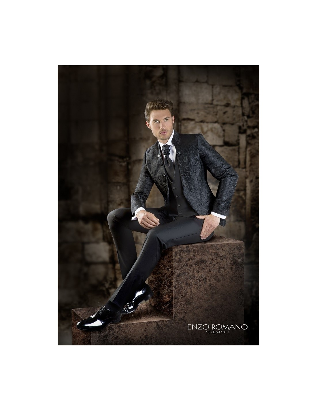 Groom suits Enzo Romano 1 - Sedka Novias a07da343586
