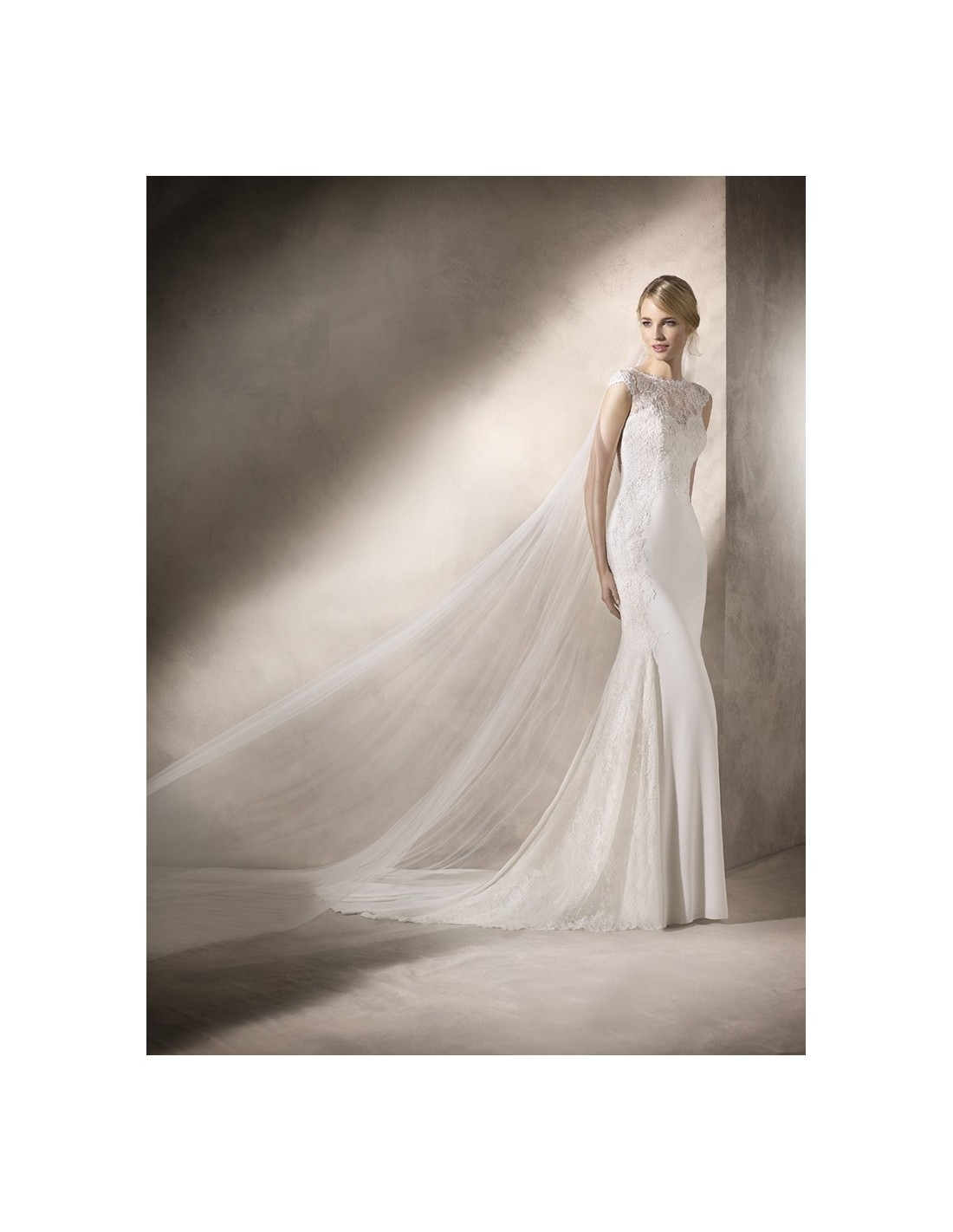 Wedding dress hudson la sposa sedka novias for La sposa wedding dresses