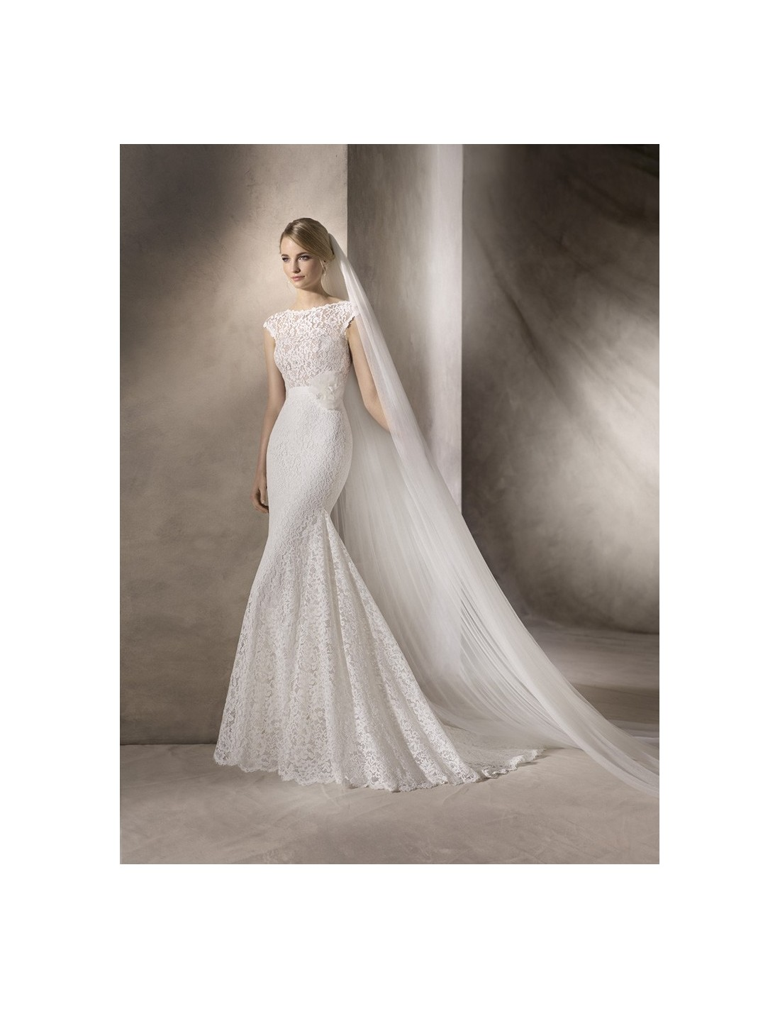 Wedding dresses haines la sposa 39 s model for La sposa wedding dresses