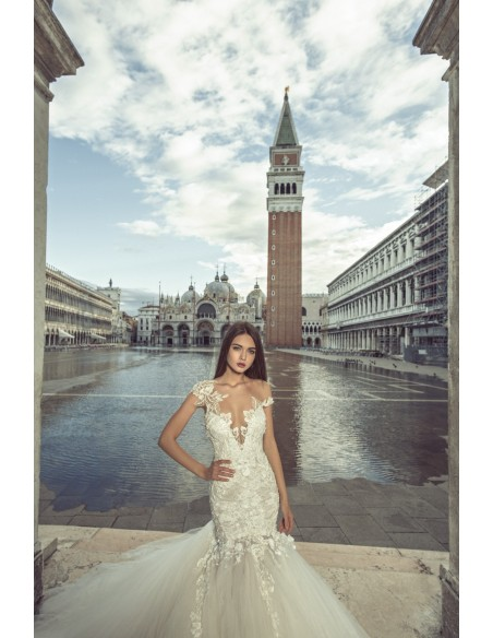 Wedding dress JK1816 by Julia Kontogruni