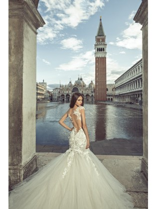 Wedding dress JK1816 by Julia Kontogruni