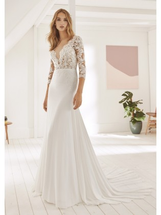 Wedding dress OGARA - WHITE ONE