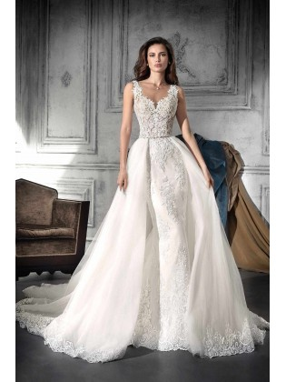 Wedding dress 752 by Demetrios
