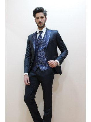 Groom suits 2 Roberto Vicentti