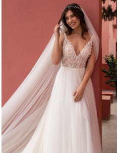 Vestidos de novia ENCHANTER...