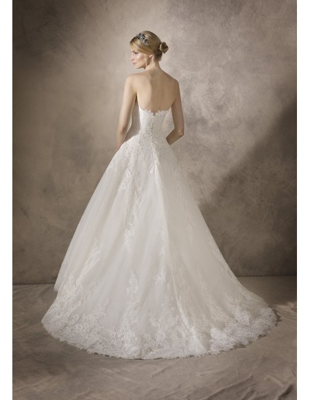 Wedding dress Holiday